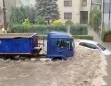 Gwałtowne burze szalały na Śląsku i Częstochowie. Zalane są domy, ulice, połamane drzewa. Strażacy interweniowali 150 razy