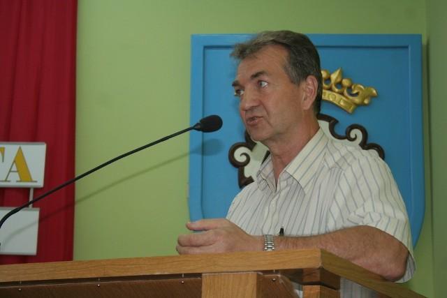 Prezes Zbigniew Janas twierdzi, że nie spodziewali się, że potrzebnych będzie aż tyle pojemników na odpady.