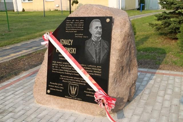 W 200. rocznicę urodzin Ignacego Łyskowskiego na terenie Osiedla Mileszewy odbyła się uroczystość odsłonięcia pamiątkowej tablicy w hołdzie za zasługi