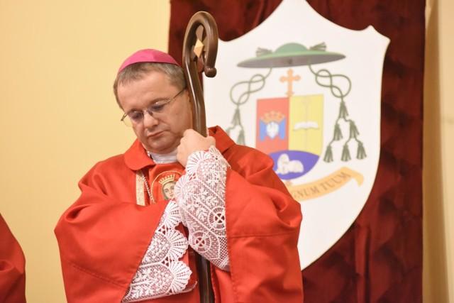 Koronawirusem został zakażony biskup Tadeusz Lityński. Czytaj więcej na kolejnych slajdach. Posługuj się klawiszami strzałek, myszką lub gestami