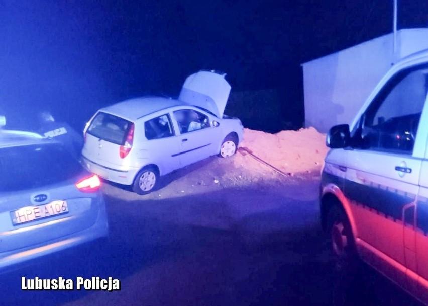 Policjanci w bezpośrednim pościgu zatrzymali mężczyznę,...