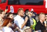 """Warszawa: Protest """"Powstrzymać przestępczość+"""" przeciw ustawie o bezkarności urzędników i ograniczeniom związanym z koronawirusem [ZDJĘCIA]"""