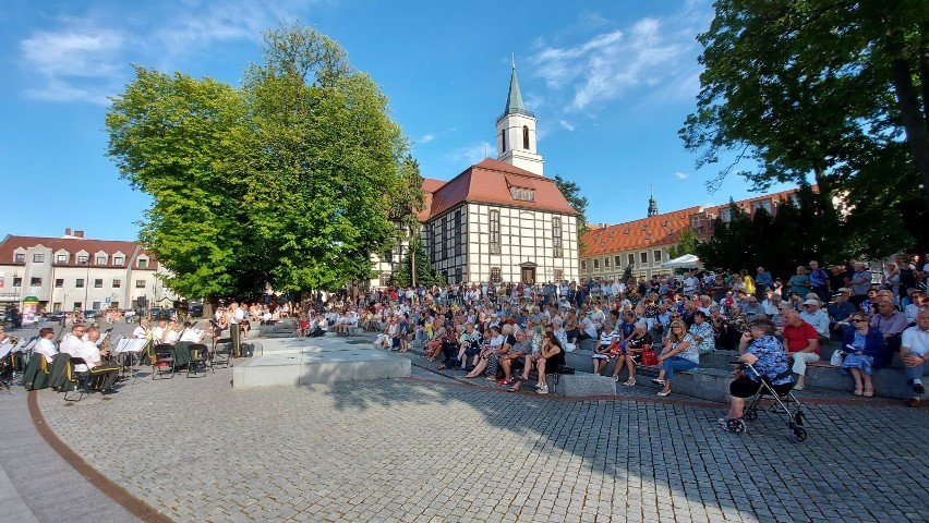 W niedzielę, 8 sierpnia, o godzinie 17.00 odbył się koncert...