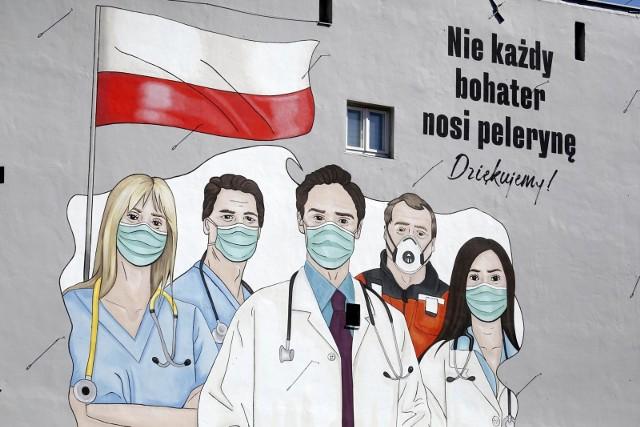 Ile zarabiają lekarze, ratownicy, pielęgniarki, laboranci?