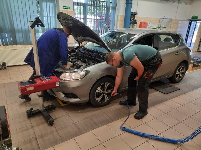 Od 21 do 25 czerwca w Stacji Kontroli Pojazdów Zespołu Szkół Samochodowych w Bydgoszczy jest możliwość sprawdzenia za darmo stanu technicznego pojazdu przed wakacjami.