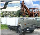 Agencja Mienia Wojskowego pozbywa się samochodów. Do kupienia ciekawe auta i sprzęt budowlany
