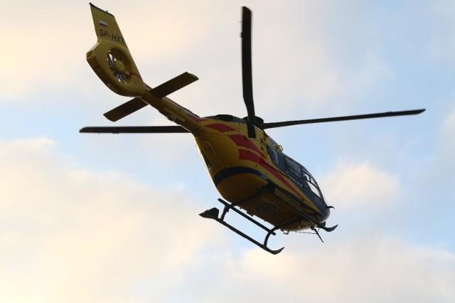 Ranny mężczyzna został przetransportowany do szpitala w Zielonej Górze