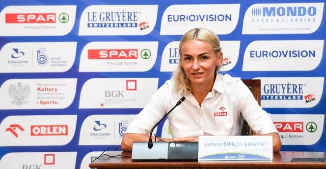 Konferencja prasowa przed Drużynowymi Mistrzostwami Europy odbyła się w Urzędzie Marszałkowskim w KatowicachZobacz kolejne zdjęcia. Przesuwaj zdjęcia w prawo - naciśnij strzałkę lub przycisk NASTĘPNE