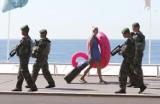 Francja: Pięcioro oskarżonych ws. organizacji zamachu w Nicei. Jest śledztwo wewnętrzne w policji