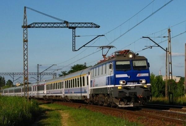 """Tylko w """"Głosie"""": Nowy rozkład jazdy pociągów."""