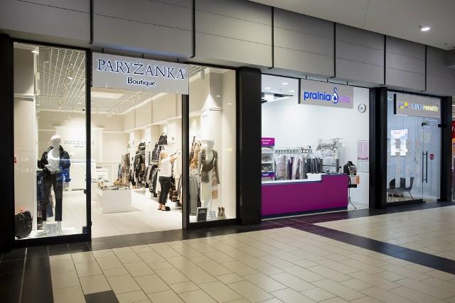 Centrum Handlowe Nowa Górna właśnie przechodzi modernizację. Odnawiane są wnętrza sklepów i punktów usługowych oraz wprowadzane nowe marki.