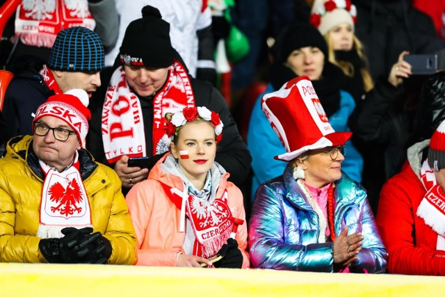 Decyzja organizatorów Turnieju Czterech Skoczni o wykluczeniu całej polskiej drużyny z Oberstdorfu zdenerwowała kibiców nad Wisłą