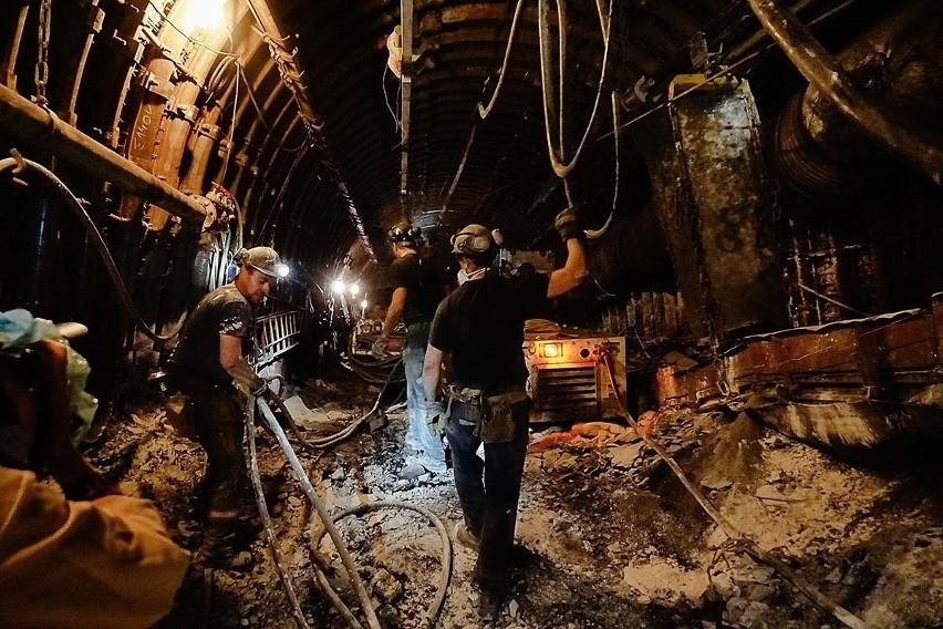 Górnicy w Bogdance na tzw. przodku