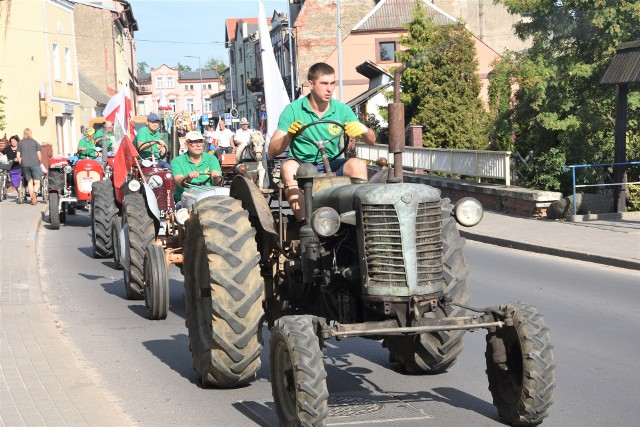 Pasjonatów z klubu w Łochowicach dobrze znają mieszkańcy regionu. Przyjeżdżają na różne imprezy organizowane w okolicznych gminach – Sicienku, Mroczy, Nakle i innych