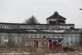 Katowice z okien pociągu. Tak nas widzą przyjezdni: familoki, graffiti, ruiny. Oto stolica metropolii