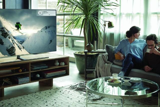 Jednym z najważniejszych elementów, który przyciąga wzrok jest kolor, dlatego tak ważne jest, aby telewizor był w stanie wydobyć subtelne różnice.