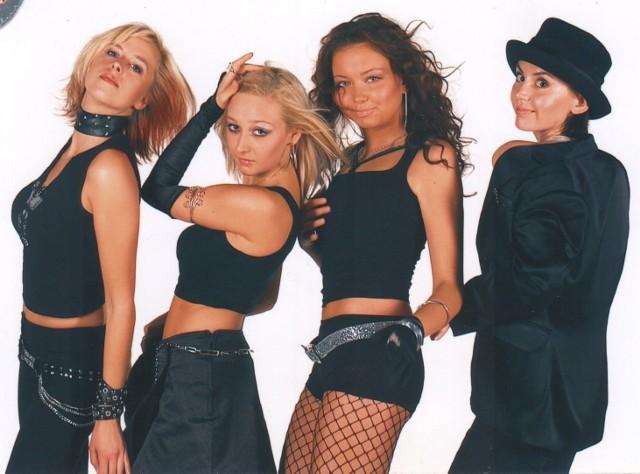 Cztery rozśpiewane i roztańczone dziewczyny, od lewej: Ela, Ilona, Kasia i Ala.