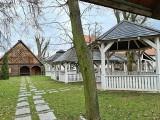 """""""Karczma u Damroki"""" w Toruniu. Budynek od lat stoi pusty. Kiedy to się zmieni?"""