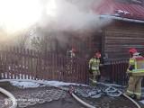 Zakopane. Pożar drewnianego domu przy ul. Kościeliskiej. Poparzona została jedna osoba