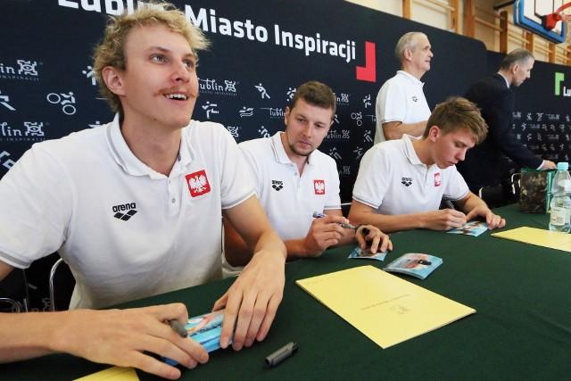 Z Hiszpanii chcą wrócić m.in. pływacy AZS UMCS Lublin (od lewej): Jan Hołub, Konrad Czerniak i Jan Świtkowski