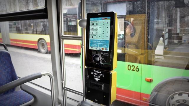 MPK Wrocław - kasownik w autobusie.