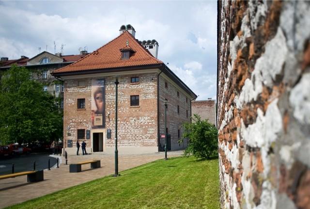 W listopadzie w Europeum, oddziale Muzeum Narodowego w Krakowie, w dawnym budynku Starego Spichlerza przy Placu Sikorskiego 6, krakowianie wreszcie będą mogli zobaczyć prace Stanisława Wyspiańskiego