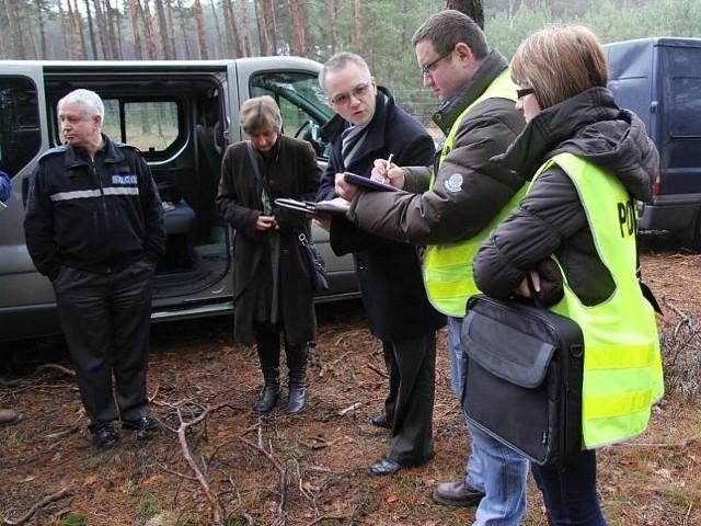 Podejrzany został zatrzymany dzięki współpracy lubuskich i brytyjskich policjantów, którzy wspólnie prowadzili działania śledcze w miejscu zakopania zwłok.