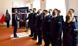 Białystok. Komenda wojewódzka przyjęła 12 nowych funkcjonariuszy. We wtorek złożyli ślubowanie (zdjęcia)