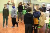 Czy uczniowie z Łódzkiego wrócą do szkół po majówce? Gdyby rząd decydował 23.04, obostrzenia w regionie byłyby łagodzone już od 26.04