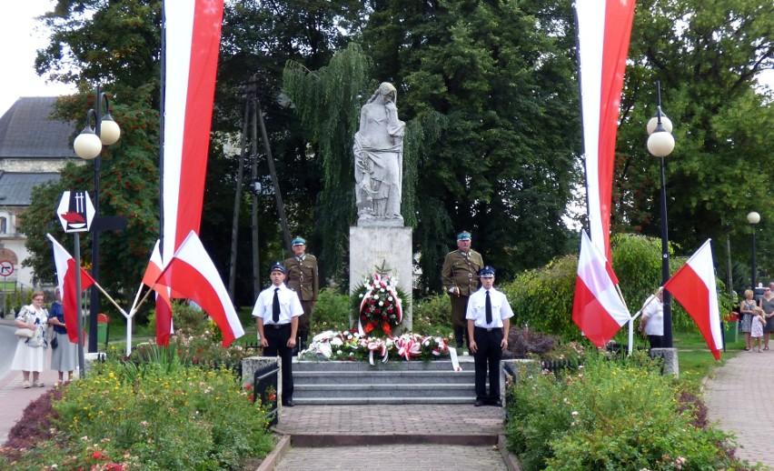 Pomnik Ofiar Pacyfikacji w Skalbmierzu. Tu odbędzie się w niedzielę część główna uroczystości w ramach obchodów 74. rocznicy Kazimiersko-Proszowickiej Rzeczpospolitej Partyzanckiej.