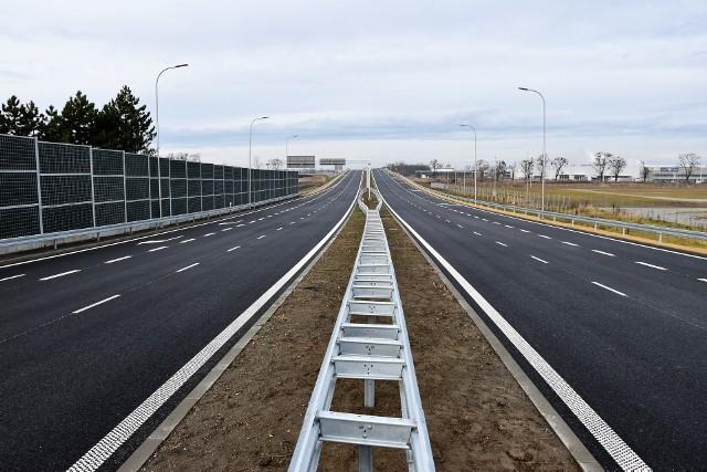 Pierwszy odcinek obwodnicy piastowskiej oddano pod koniec 2019 roku. Musi powstać drugi, aby możliwa była realizacja kolejnych elementów obwodnicy południowej.