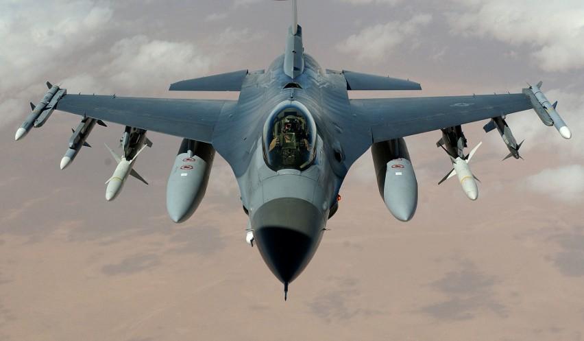 W armii brakuje pilotów myśliwców F-16. Kolejni będą odchodzić