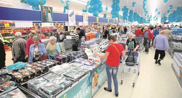 """""""Solidarność"""" chce, by wielkie sklepy opustoszały w niedziele"""