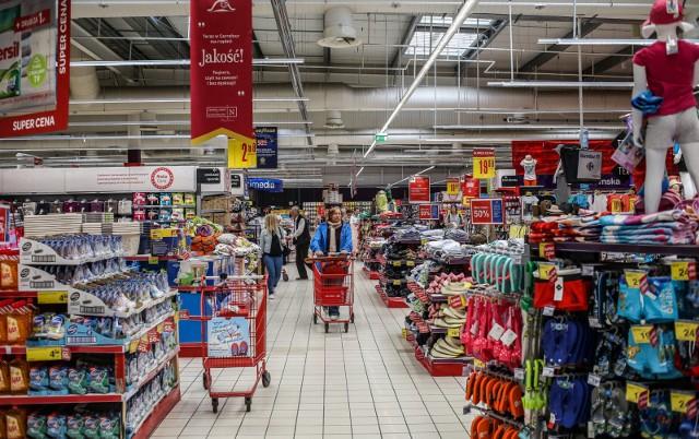 Jak otwarte sklepy w Wielką Sobotę 2019? Godziny otwarcia sklepów [BIEDRONKA, LIDL, AUCHAN, TESCO]