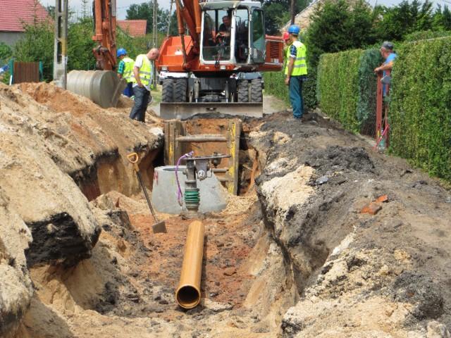 Budowa kanalizacji na Sowinach już się zakończyła. W tym roku sieć sanitarna ma pokryć centrum miasta i resztę osiedli.