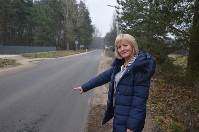 Mieszkańcy skarżyli się wcześniej na nawierzchnię drogi łączącej Droszków z Czarną
