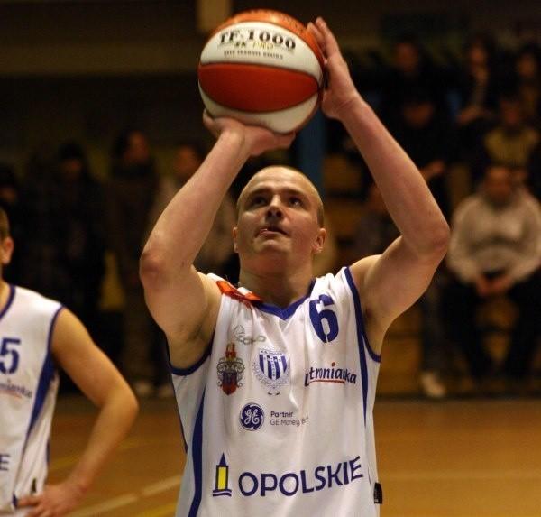 Tomasz Madziar w pierwszym meczu z Tytanem zdobył dla Pogoni 15 punktów.