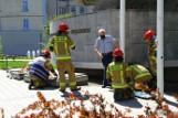 Silny podmuch wiatru uszkodził maszt na placu Wolności w Opolu. Na miejsce zostali wezwani strażacy