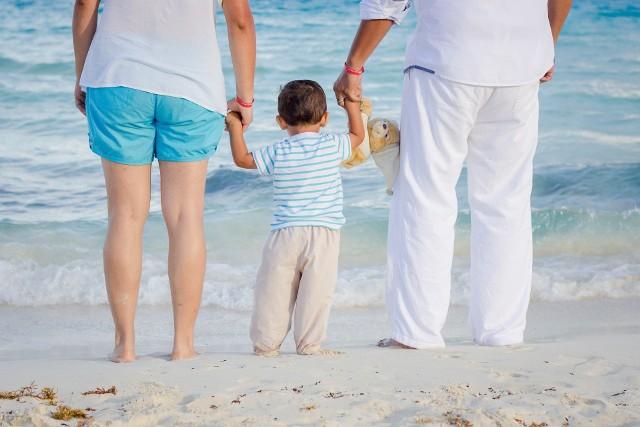 Bony turystyczne ruszyły na początku tego miesiąca. Przysługują one na każde dziecko do 18. roku życia. Do tej pory w całym kraju aktywowano ponad 500 tys. takich bonów. Ich łączna wartość to 431 mln zł.