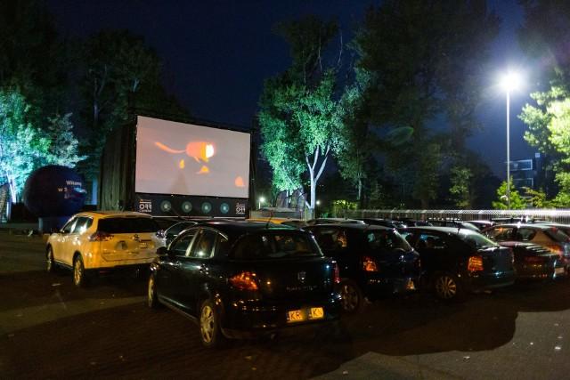 W ostatnich miesiącach kino samochodowe było organizowane m.in. w Krakowie.