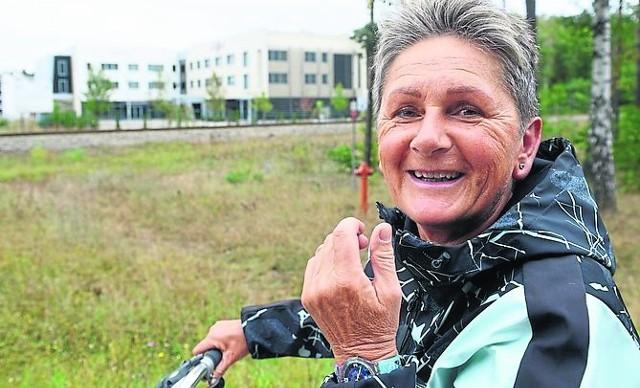 Bożena Kramarczuk cieszy się, że budynek wreszcie ktoś kupił