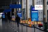 Osobne kolejki dla przylatujących zaszczepionych na lotnisku Ławica? Zarząd ma podjąć decyzję