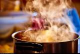 Gotowanie nigdy nie było tak łatwe. Sprawdź te triki kuchenne, o których wcześniej nie słyszałeś!