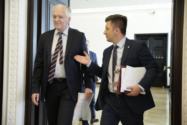 Politycy ZP: Największą barierą jest brak woli polskiego społeczeństwa aby się zaszczepić