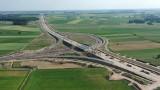 Podlaskie inwestycje drogowe z lotu ptaka. Zobacz, jak powstają drogi w naszym regionie