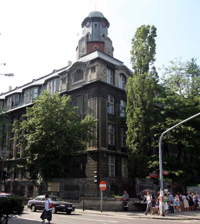 Budynek Wydziału Filologicznego UŁ przy al. Kościuszki