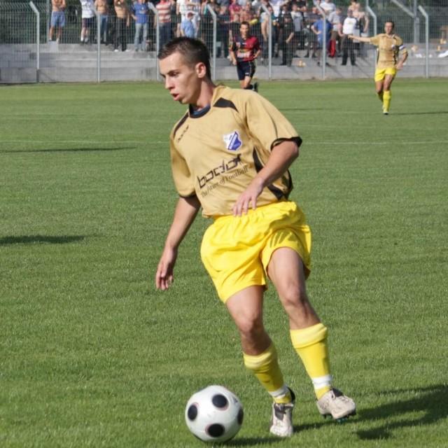 Kamil Nitkiewicz (MKS Kluczbork) - zdobywca dwóch bramek w meczu z Policami.