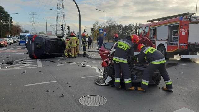 Do zdarzenia doszło parę minut przed godz. 14.30 w bydgoskim Fordonie, na skrzyżowaniu ul. Akademickiej i Rejewskiego.