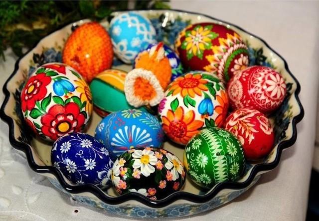 ŻYCZENIA WIELKANOCNE. Życzenia na Wielkanoc. Wesołych Świąt Wielkanocnych! [KARTKI, SMSY, ŁAŃCUSZKI, WIERSZYKI] Życzenia na Wielkanoc