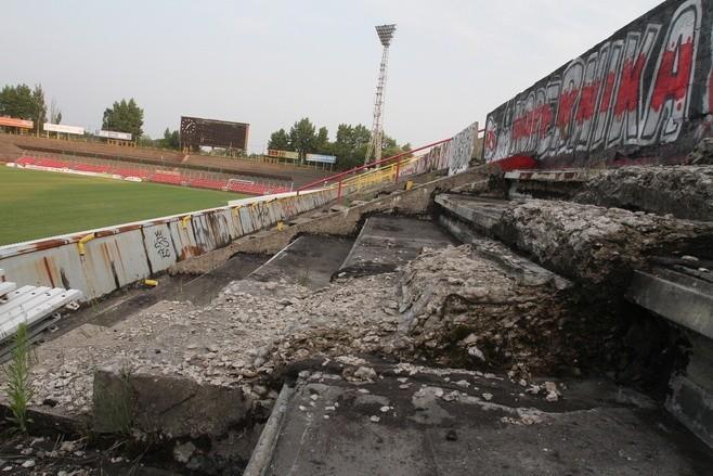Polskie stadiony przed laty i dziś. Jak się zmieniły?